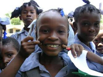 Haiti-child-5_op_333x250