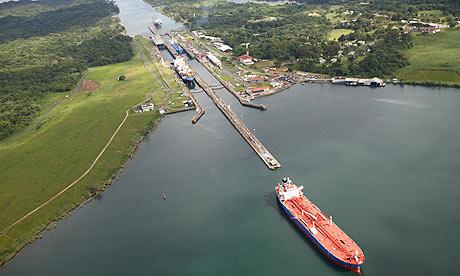 Panama-canal-007