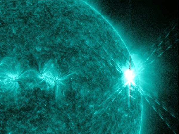 Space156-large-solar-flare_38861_600x450