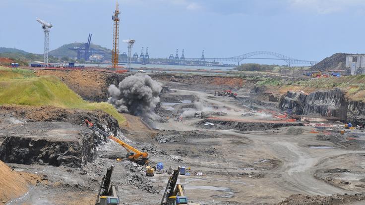 Panama-Canal-Expansion-Site-nki