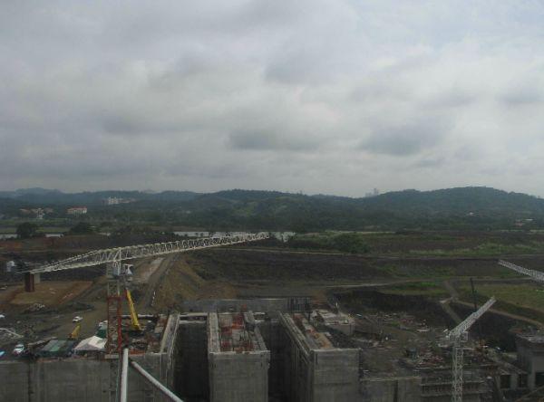 Panama-Canal-Locks-October